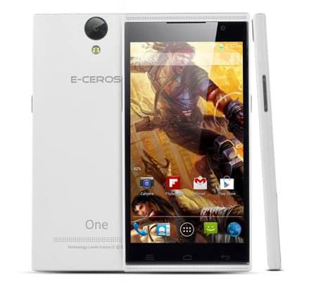 Osm jader v zátěži, jedná se o mobilní telefon E-Ceros One