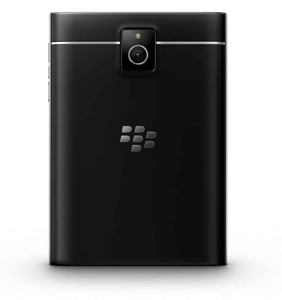 """Nový Passport od BlackBerry je opravdu """"cool"""", říká veřejnost"""