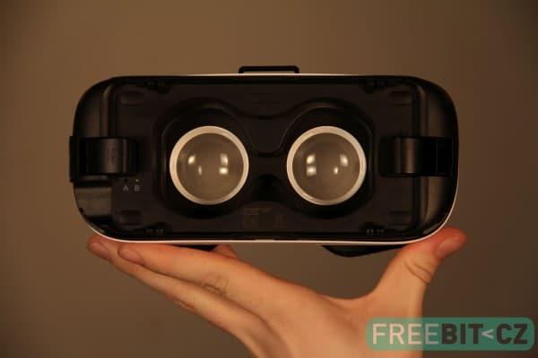 Brýle fungují pouze s vloženým telefonem