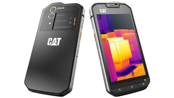 CAT - přesný opak předchozího kousku, telefon do extrémních podmínek