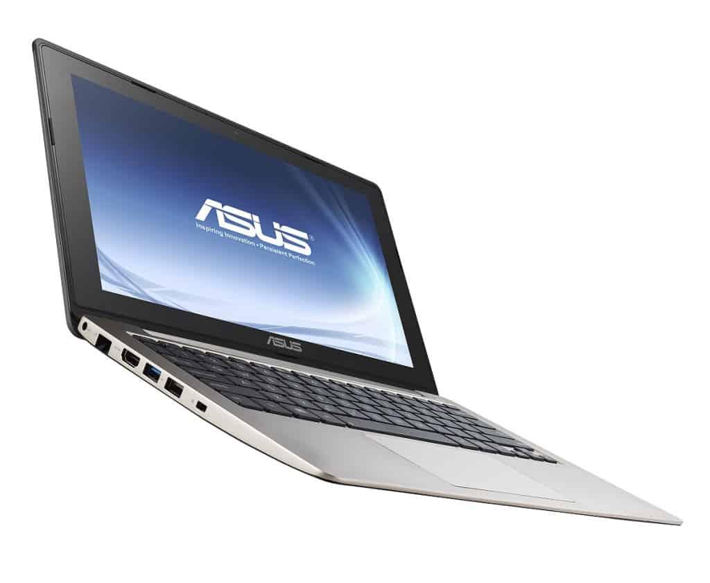 Asus VivoBook X202E - pomocník na cesty