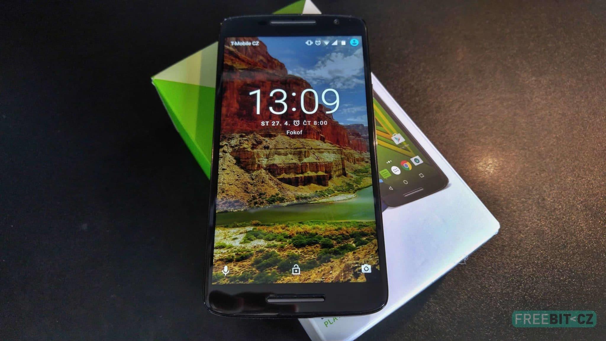 Lenovo Moto X Play_title
