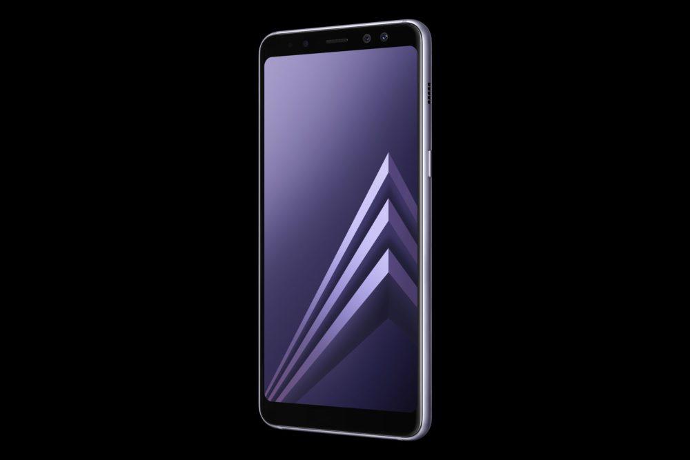 Dvousimkový smartphone Galaxy A8 se začíná prodávat v Česku: Samsung