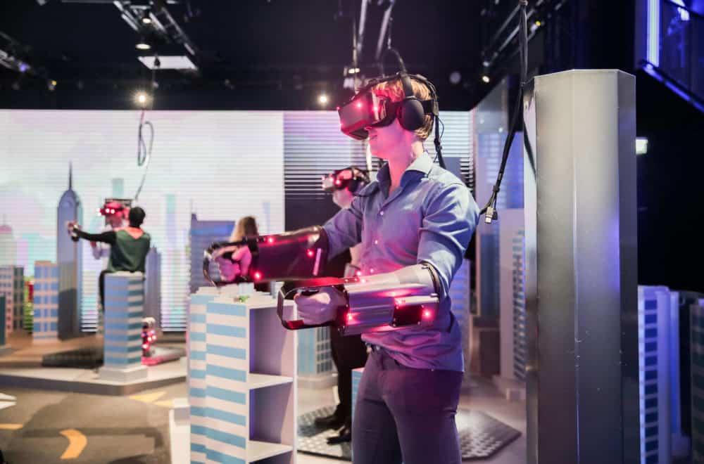 StarVR pohání VR Park Emaar Entertainment v Dubaji: The Dubai Mall