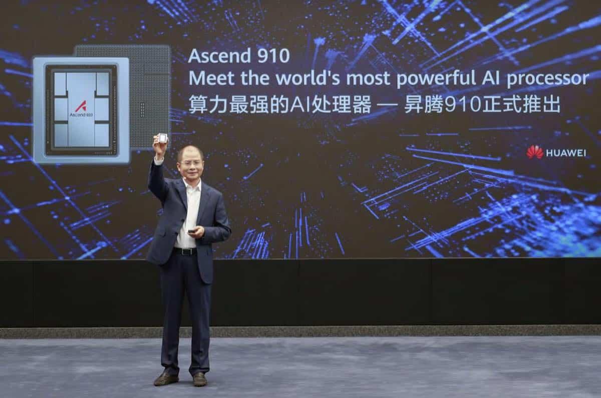 Ascend 910 je nový procesor AI. Patří do řady čipových sad Ascend-Max