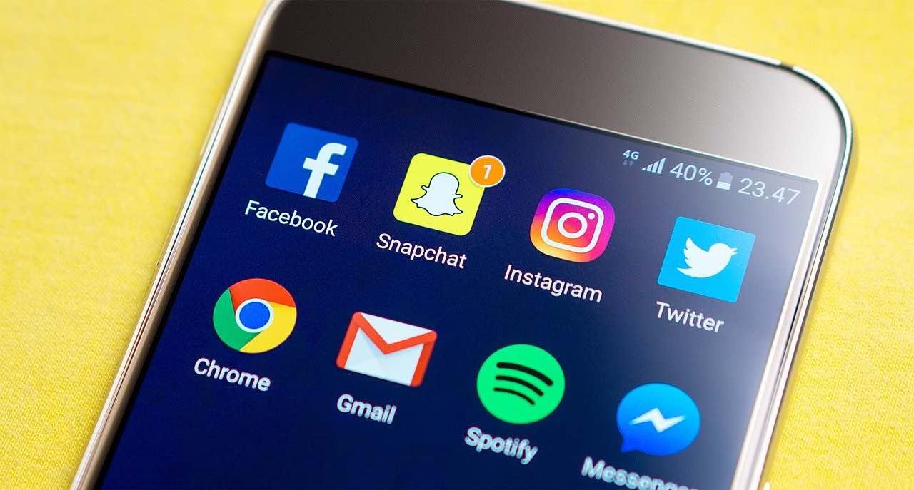 Jak na sociální sítě? Využívejte je, ale nebuďte jejich otrokem