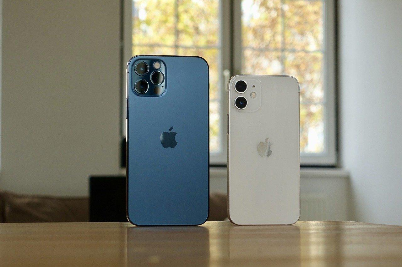 iPhone 13 je zde. Na internet unikla specifikace a cena