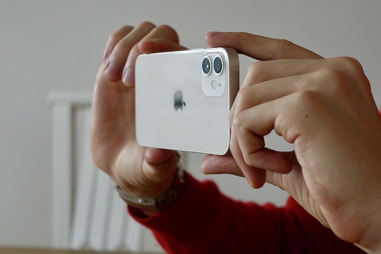 Staronový fotoaparát nového iPhonu